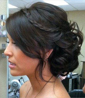 Bridesmaid hairstyle for wedding dreampurple.co.uk
